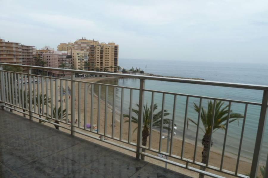 Torrevieja,Alicante,España,3 Bedrooms Bedrooms,2 BathroomsBathrooms,Apartamentos,24889