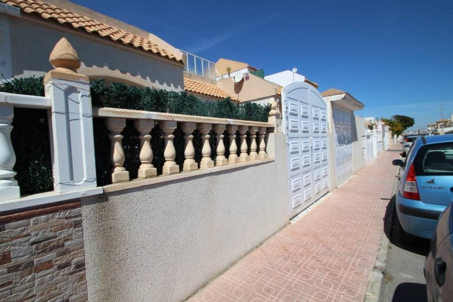 Torrevieja,Alicante,España,2 Bedrooms Bedrooms,1 BañoBathrooms,Adosada,24901