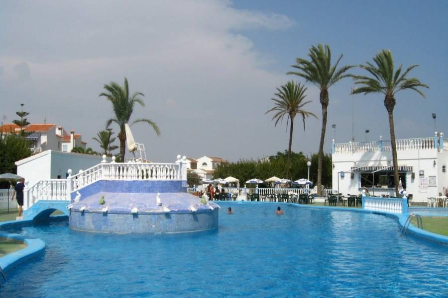 Torrevieja,Alicante,España,3 Bedrooms Bedrooms,2 BathroomsBathrooms,Adosada,24913