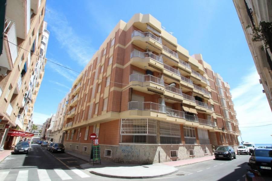 Torrevieja,Alicante,España,3 Bedrooms Bedrooms,1 BañoBathrooms,Apartamentos,24921