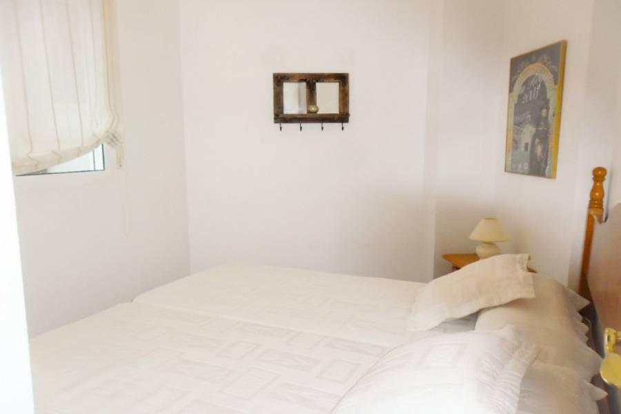 Torrevieja,Alicante,España,3 Bedrooms Bedrooms,2 BathroomsBathrooms,Apartamentos,24933