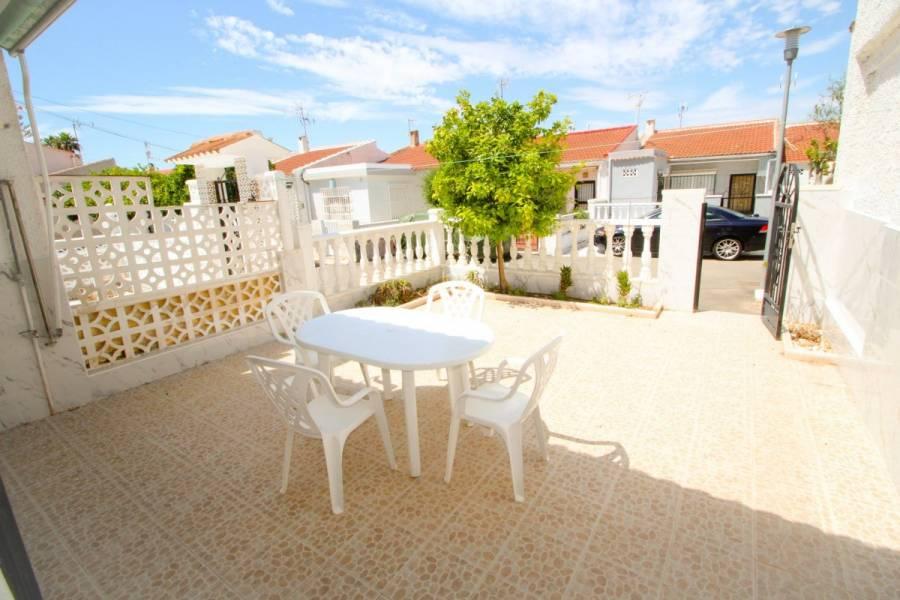 Torrevieja,Alicante,España,2 Bedrooms Bedrooms,1 BañoBathrooms,Bungalow,24937