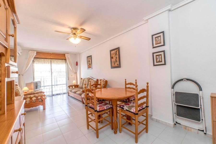 Torrevieja,Alicante,España,3 Bedrooms Bedrooms,1 BañoBathrooms,Atico,24939