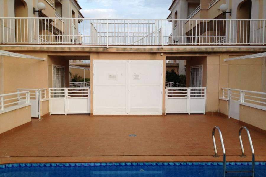 El pinet,Alicante,España,2 Bedrooms Bedrooms,1 BañoBathrooms,Apartamentos,24946