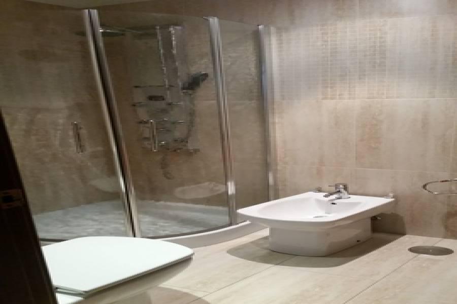 Alicante,Alicante,España,2 Bedrooms Bedrooms,1 BañoBathrooms,Atico,25003