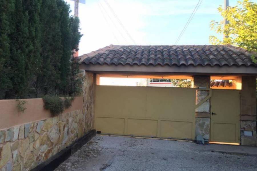 San Vicente del Raspeig,Alicante,España,4 Bedrooms Bedrooms,2 BathroomsBathrooms,Casas,25025