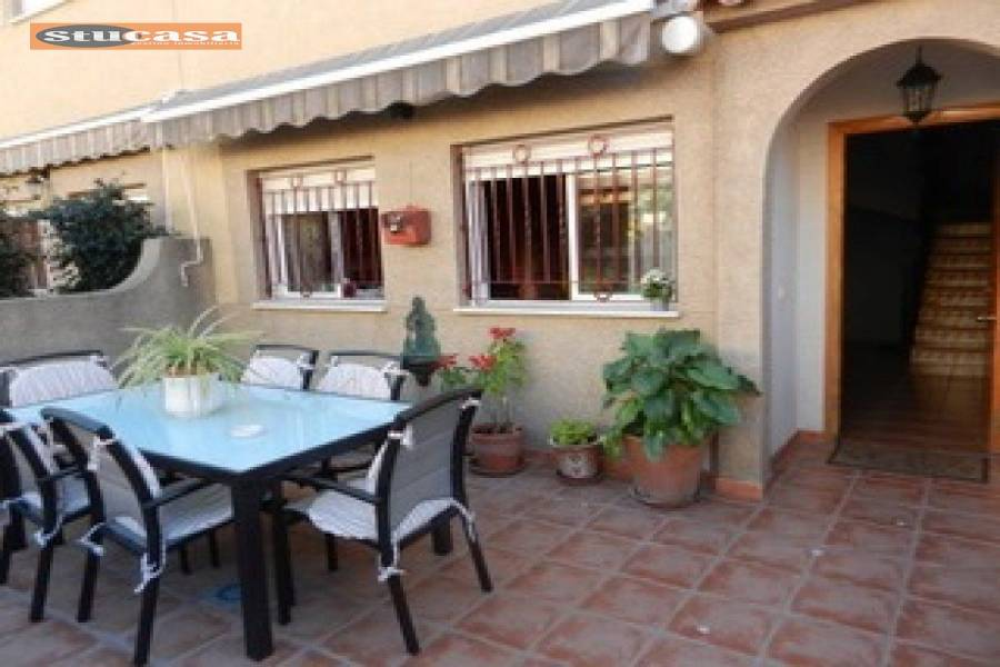 San Juan,Alicante,España,3 Bedrooms Bedrooms,2 BathroomsBathrooms,Bungalow,25035