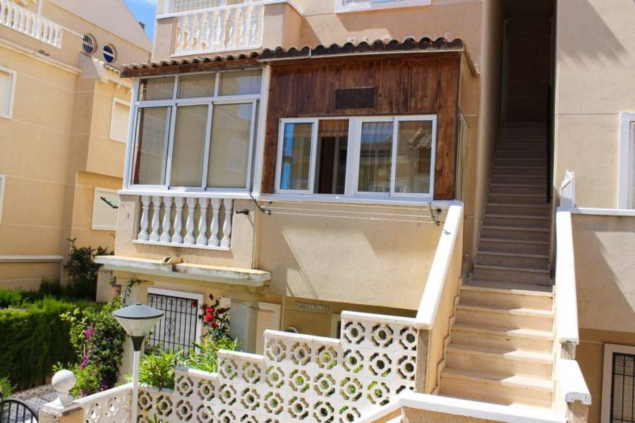 Torrevieja,Alicante,España,2 Bedrooms Bedrooms,1 BañoBathrooms,Bungalow,25060