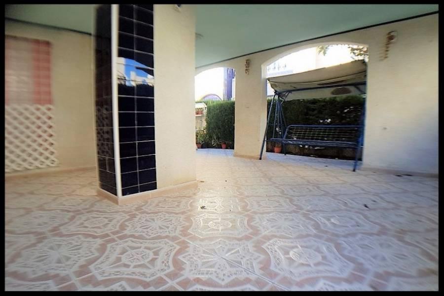 Torrevieja,Alicante,España,2 Bedrooms Bedrooms,1 BañoBathrooms,Adosada,25102
