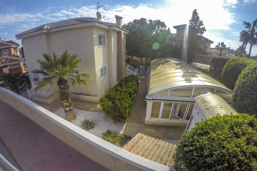 Ciudad Quesada,Alicante,España,3 Bedrooms Bedrooms,2 BathroomsBathrooms,Casas,25142