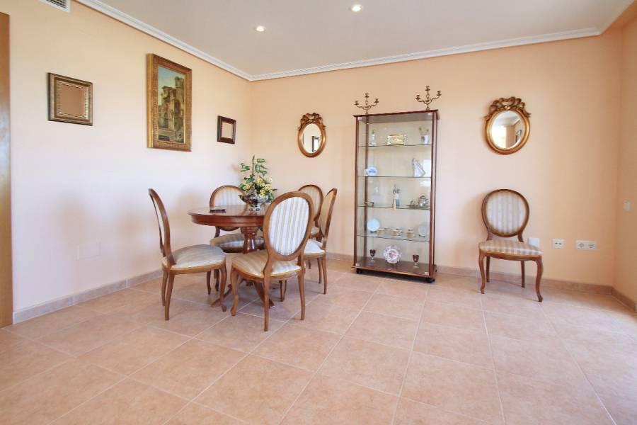 Torrevieja,Alicante,España,5 Bedrooms Bedrooms,3 BathroomsBathrooms,Apartamentos,25163