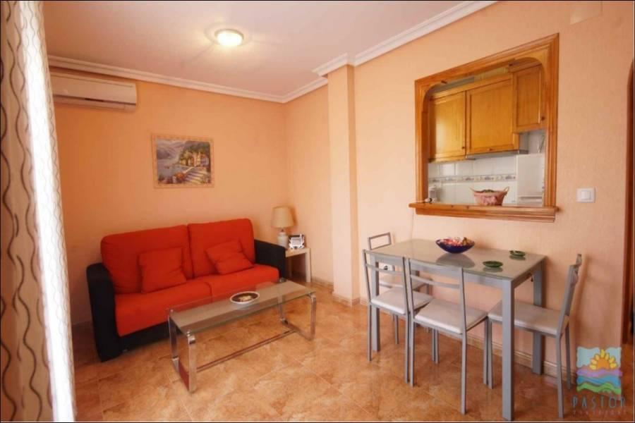 Torrevieja,Alicante,España,2 Bedrooms Bedrooms,1 BañoBathrooms,Atico,25172