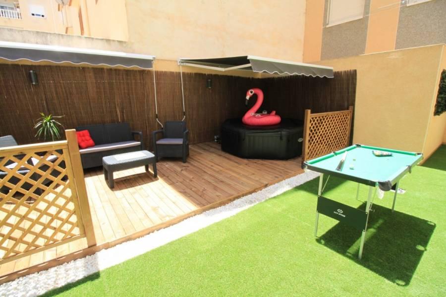 Torrevieja,Alicante,España,2 Bedrooms Bedrooms,2 BathroomsBathrooms,Apartamentos,25219