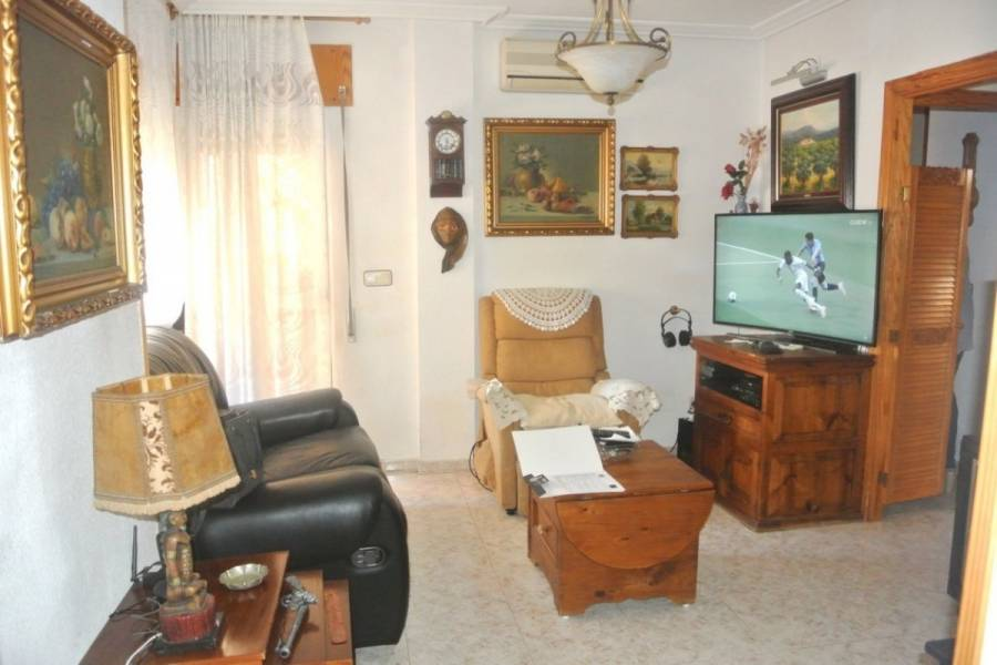 Torrevieja,Alicante,España,2 Bedrooms Bedrooms,1 BañoBathrooms,Atico,25245