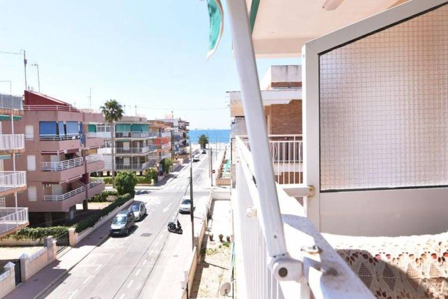 Santa Pola,Alicante,España,2 Bedrooms Bedrooms,1 BañoBathrooms,Apartamentos,25377