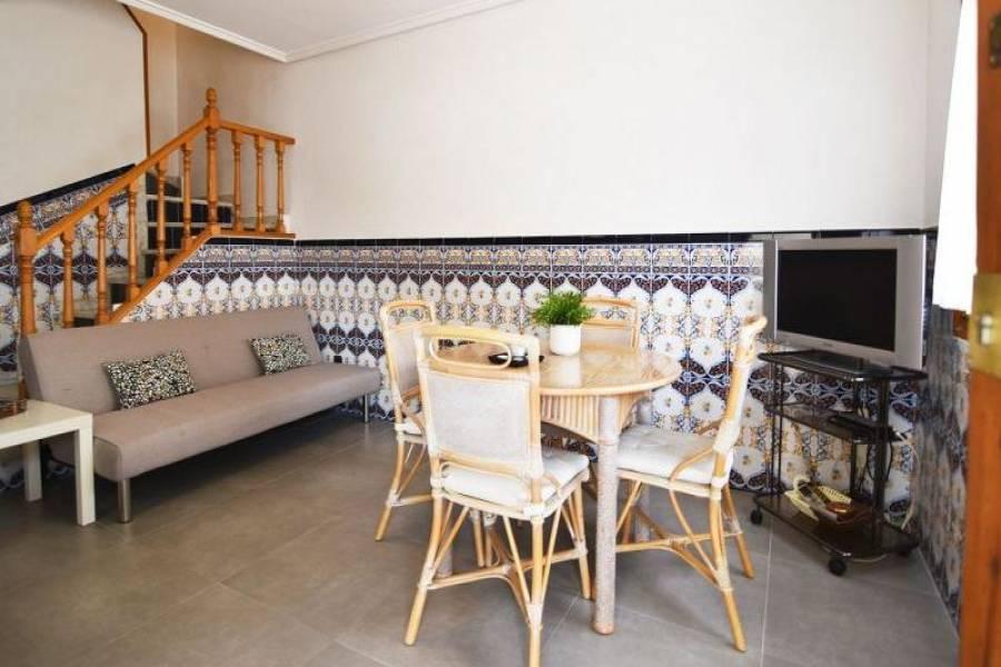 Santa Pola,Alicante,España,3 Bedrooms Bedrooms,2 BathroomsBathrooms,Bungalow,25381