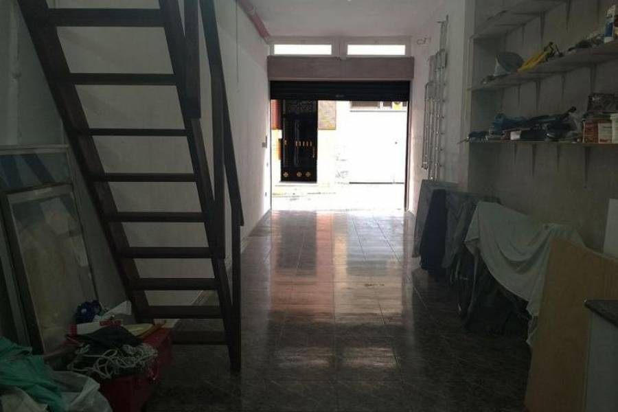 Santa Pola,Alicante,España,1 BañoBathrooms,Cocheras,25385