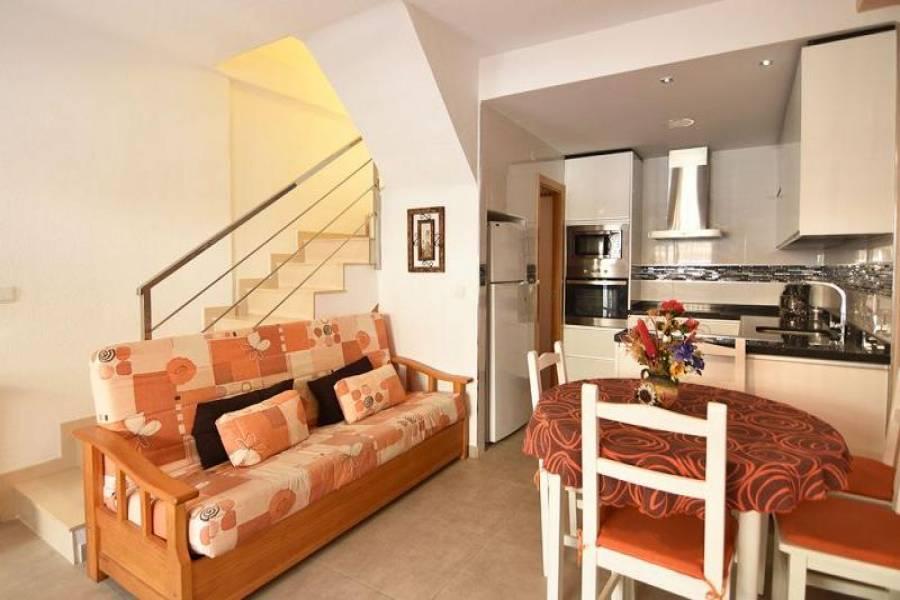 Santa Pola,Alicante,España,3 Bedrooms Bedrooms,2 BathroomsBathrooms,Bungalow,25395
