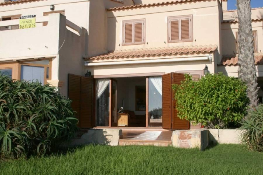 Gran alacant,Alicante,España,4 Bedrooms Bedrooms,2 BathroomsBathrooms,Bungalow,25411