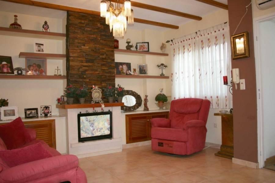 Santa Pola,Alicante,España,4 Bedrooms Bedrooms,3 BathroomsBathrooms,Bungalow,25422