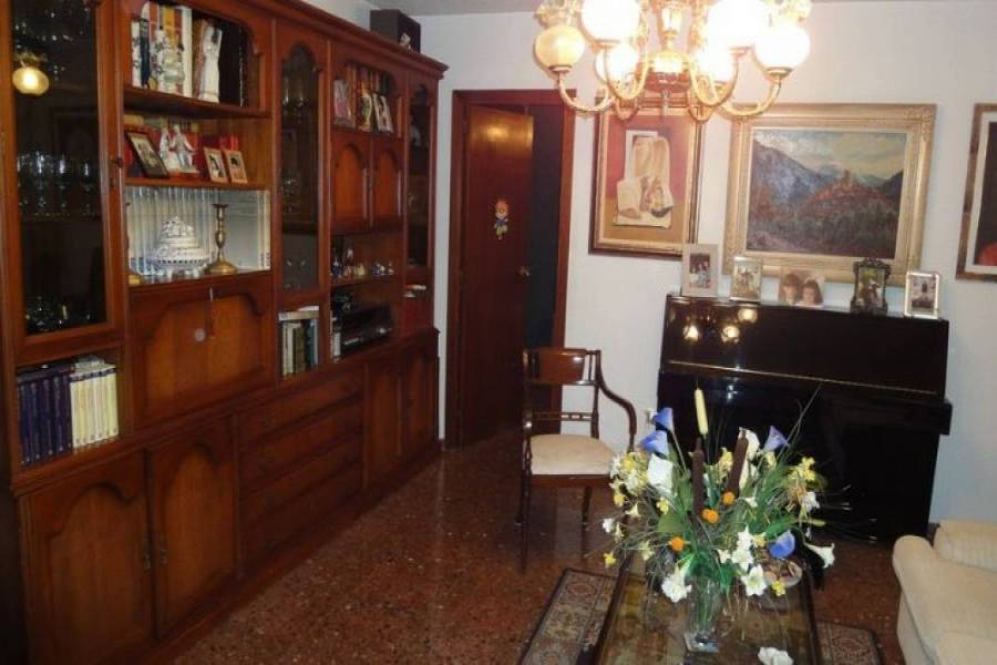 Benidorm,Alicante,España,4 Bedrooms Bedrooms,3 BathroomsBathrooms,Apartamentos,25505