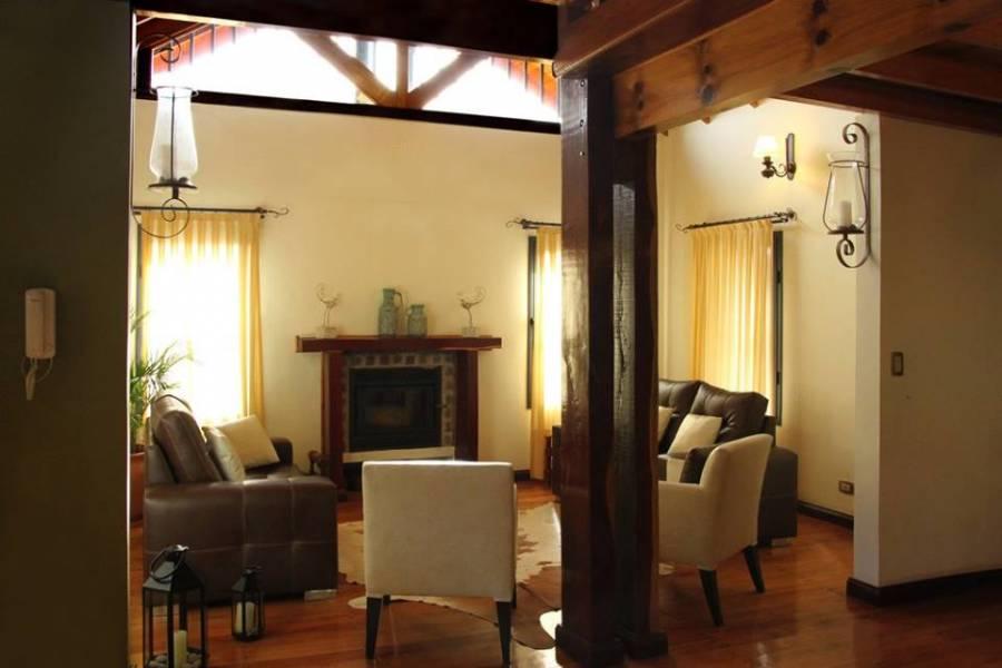 IMPERDIBLE! VEA MAS INFO...,3 Habitaciones Habitaciones,2 BañosBaños,Casas,2,1228