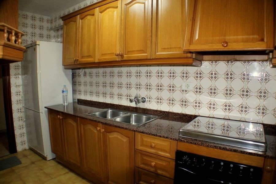 Benidorm,Alicante,España,3 Bedrooms Bedrooms,1 BañoBathrooms,Apartamentos,25832
