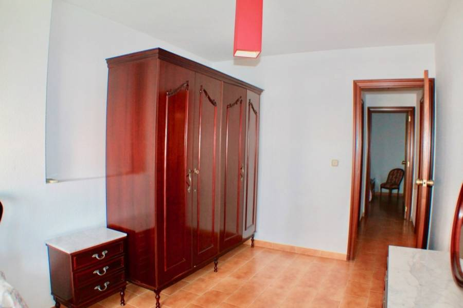 Benidorm,Alicante,España,3 Bedrooms Bedrooms,1 BañoBathrooms,Apartamentos,25847