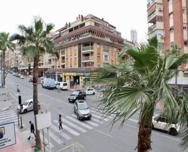 Benidorm,Alicante,España,5 Bedrooms Bedrooms,3 BathroomsBathrooms,Apartamentos,25857