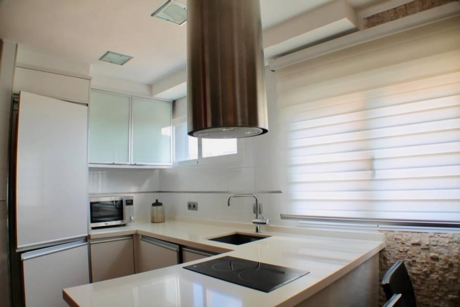 Benidorm,Alicante,España,2 Bedrooms Bedrooms,1 BañoBathrooms,Apartamentos,25880