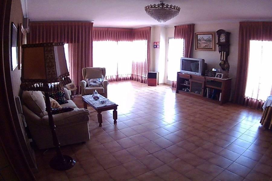 Elche,Alicante,España,4 Bedrooms Bedrooms,2 BathroomsBathrooms,Apartamentos,26575