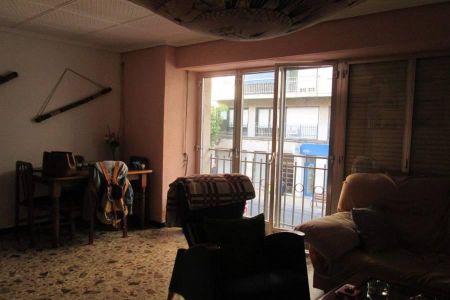 Elche,Alicante,España,4 Bedrooms Bedrooms,1 BañoBathrooms,Apartamentos,26591