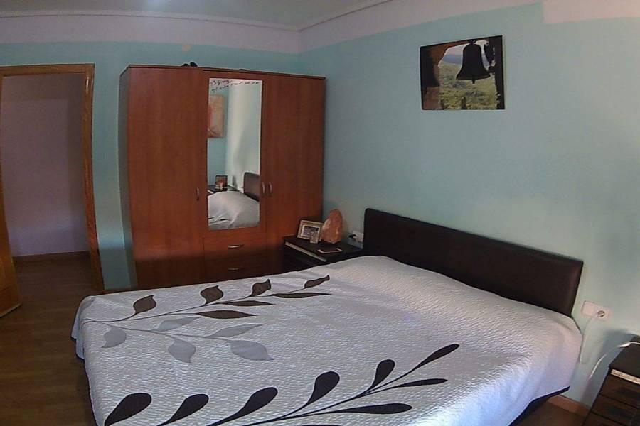 Elche,Alicante,España,3 Bedrooms Bedrooms,1 BañoBathrooms,Apartamentos,26618