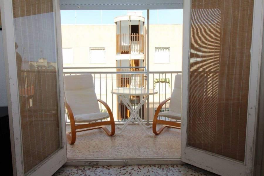 Santa Pola,Alicante,España,3 Bedrooms Bedrooms,1 BañoBathrooms,Apartamentos,26645
