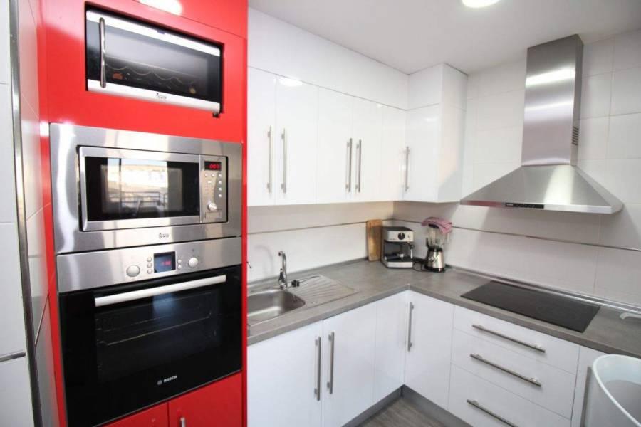 Santa Pola,Alicante,España,2 Bedrooms Bedrooms,1 BañoBathrooms,Apartamentos,26659