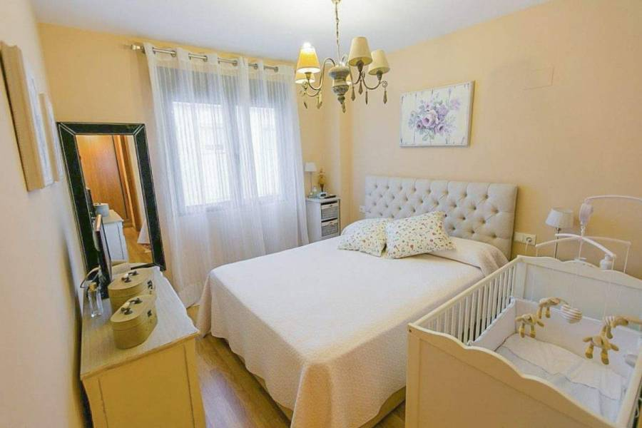 Alicante,Alicante,España,2 Bedrooms Bedrooms,2 BathroomsBathrooms,Apartamentos,26710