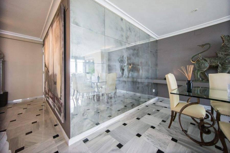 Benidorm,Alicante,España,4 Bedrooms Bedrooms,2 BathroomsBathrooms,Apartamentos,26809