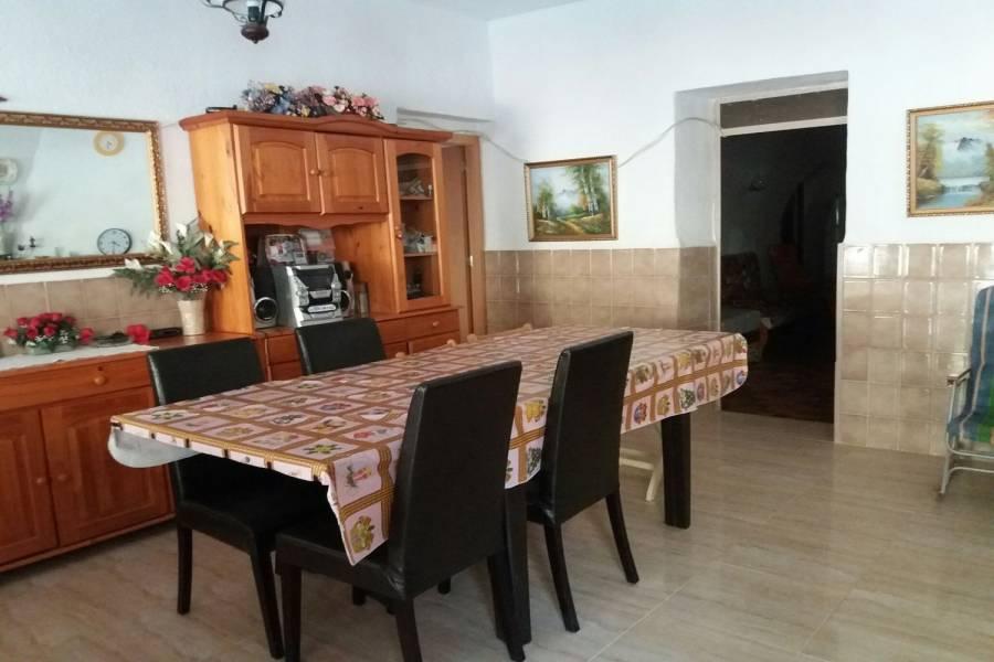 Crevillente,Alicante,España,3 Bedrooms Bedrooms,2 BathroomsBathrooms,Casas,26858