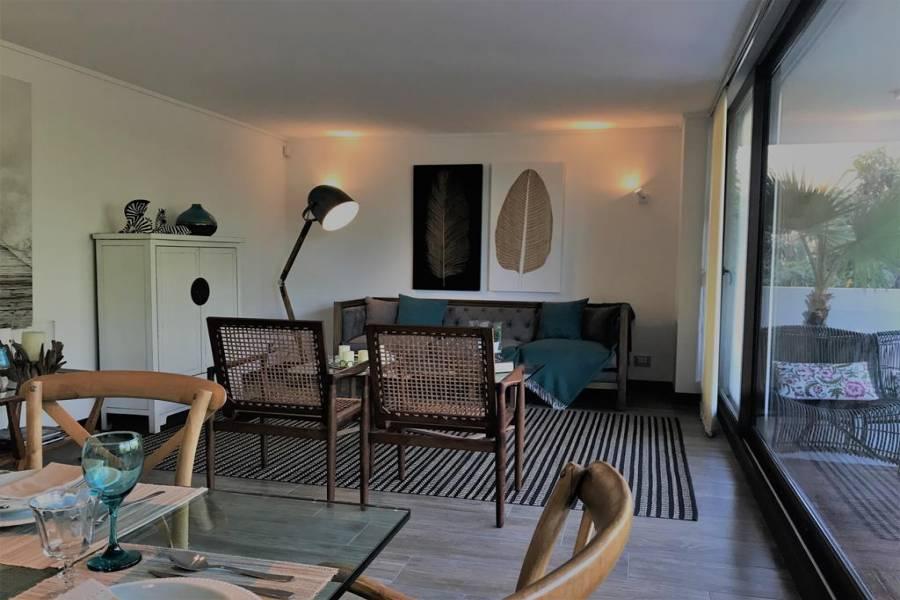 Santiago,XIII - Región Metropolitana de Santiago,Chile,4 Habitaciones Habitaciones,4 BañosBaños,Apartamentos,La Brabanzon,3517