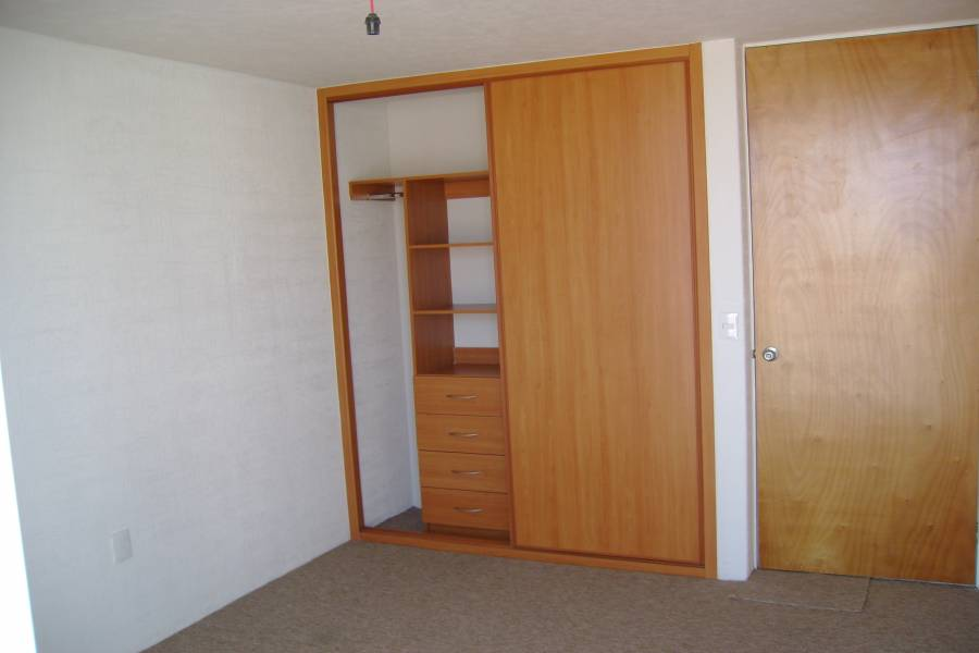 IMPERDIBLE! VER INFO...,3 Bedrooms Bedrooms,1 BañoBathrooms,Apartamentos,Castilla,3555