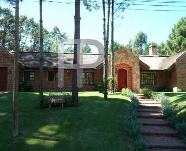 Punta del Este,Maldonado,Uruguay,3 Bedrooms Bedrooms,3 BathroomsBathrooms,Casas,3575