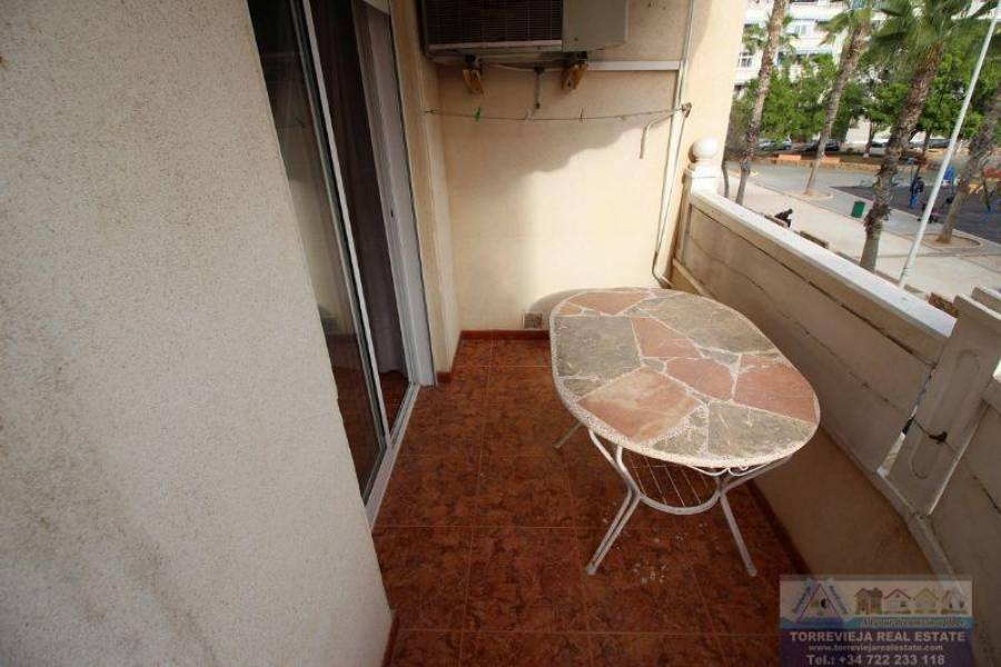Torrevieja,Alicante,España,3 Bedrooms Bedrooms,2 BathroomsBathrooms,Apartamentos,29145