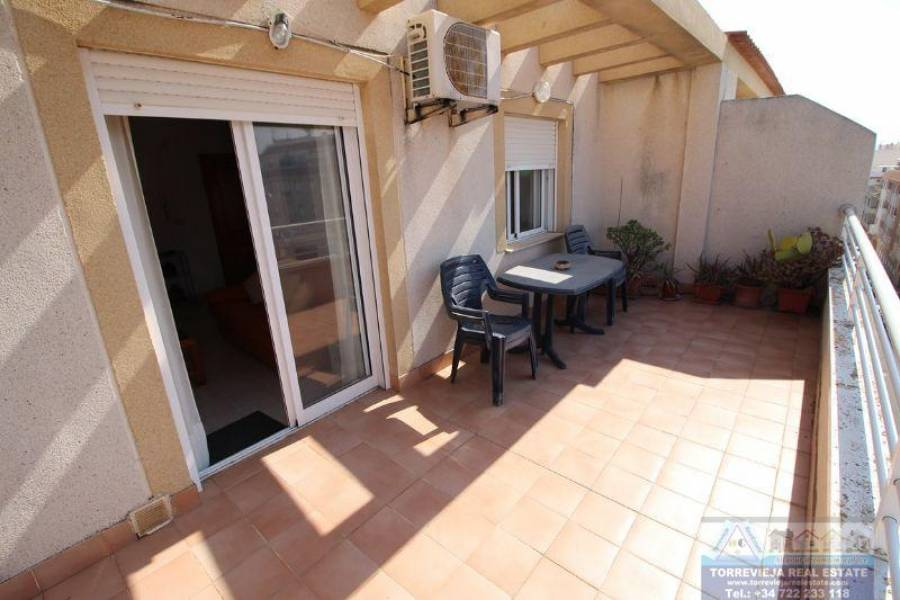 Torrevieja,Alicante,España,1 Dormitorio Bedrooms,1 BañoBathrooms,Atico,29190