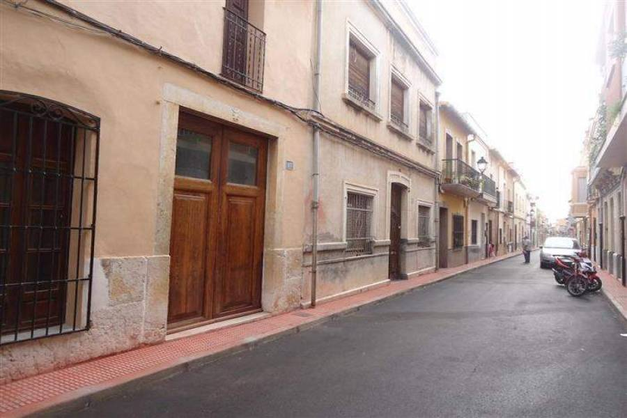 Beniarbeig,Alicante,España,7 Bedrooms Bedrooms,3 BathroomsBathrooms,Casas,29398