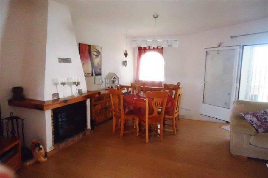 Dénia,Alicante,España,4 Bedrooms Bedrooms,2 BathroomsBathrooms,Chalets,29400