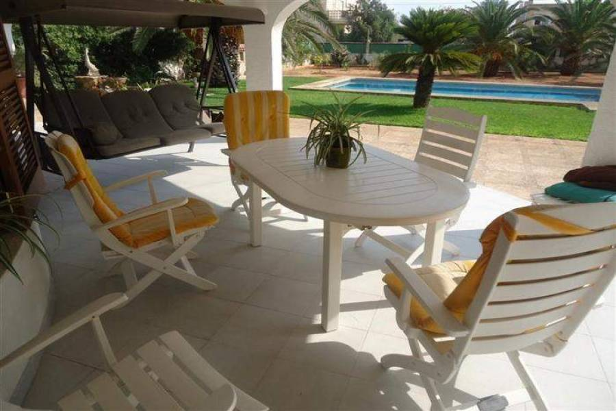 Dénia,Alicante,España,4 Bedrooms Bedrooms,2 BathroomsBathrooms,Chalets,29486