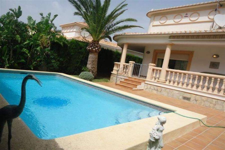 Dénia,Alicante,España,2 Bedrooms Bedrooms,2 BathroomsBathrooms,Chalets,29537