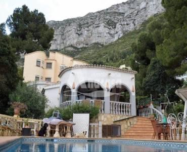 Dénia,Alicante,España,3 Bedrooms Bedrooms,2 BathroomsBathrooms,Chalets,29592