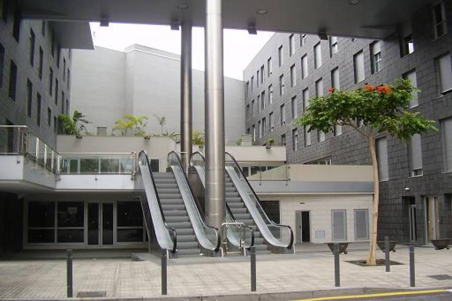 Santa Cruz de Tenerife,Santa Cruz de Tenerife,España,1 Habitación Rooms,1 BañoBathrooms,Locales,3654