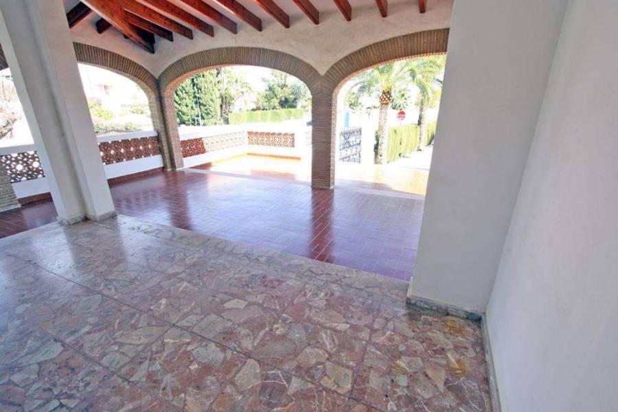 Els Poblets,Alicante,España,6 Bedrooms Bedrooms,5 BathroomsBathrooms,Chalets,29662
